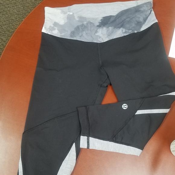 lululemon athletica Pants - Lululemon size 4 pants